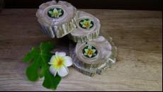 originální svícen z naplaveného teakového dřeva na čajové svíčky
